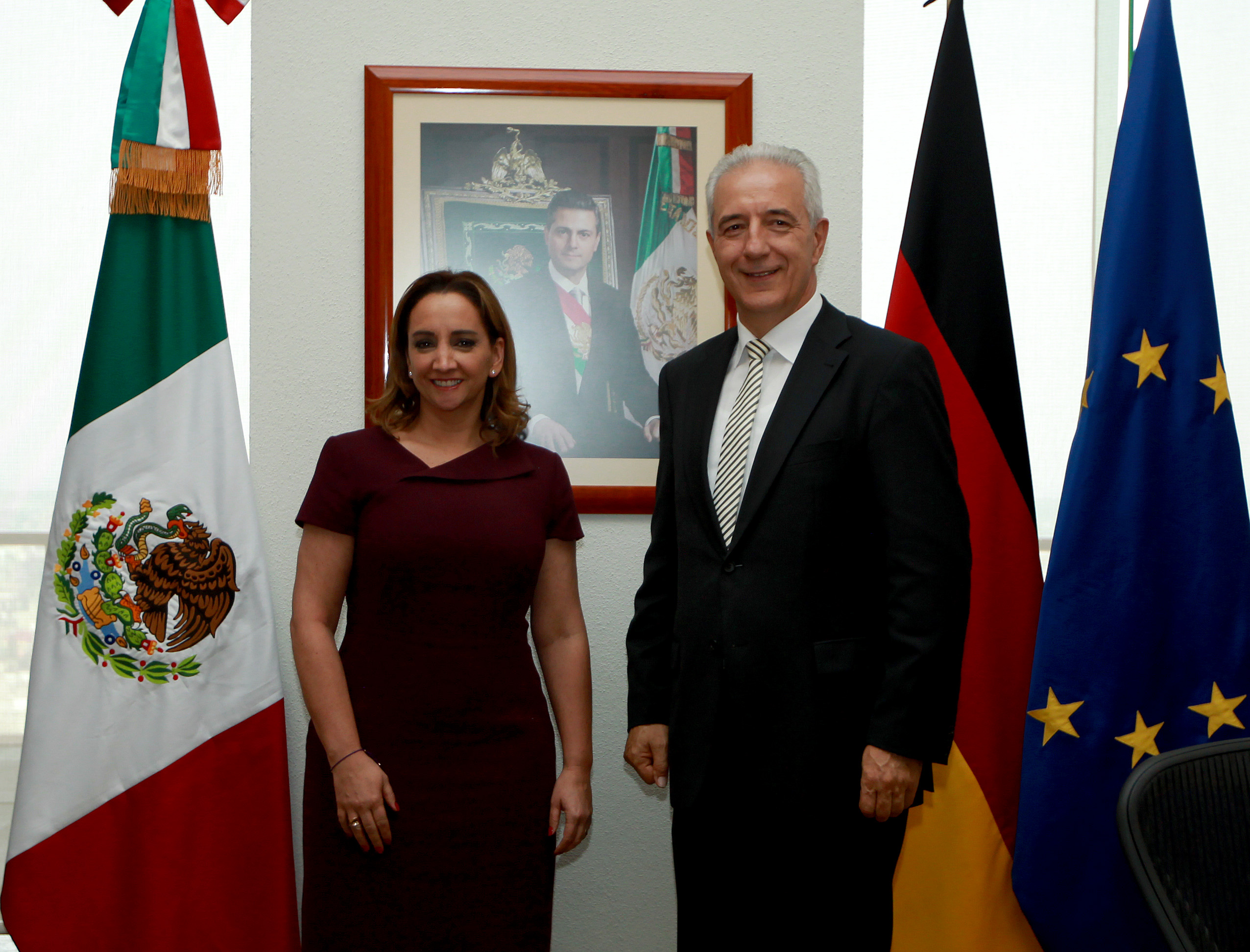 La Secretaria Claudia Ruiz Massieu se reunió con el Presidente del Consejo Federal de Alemania, Sr. Stanislaw Tillich