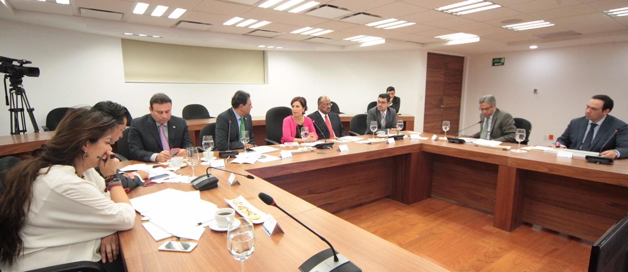 Senadores de diferentes partidos hacen propuestas para fortalecer las políticas públicas en Guerrero, Oaxaca y Chiapas.