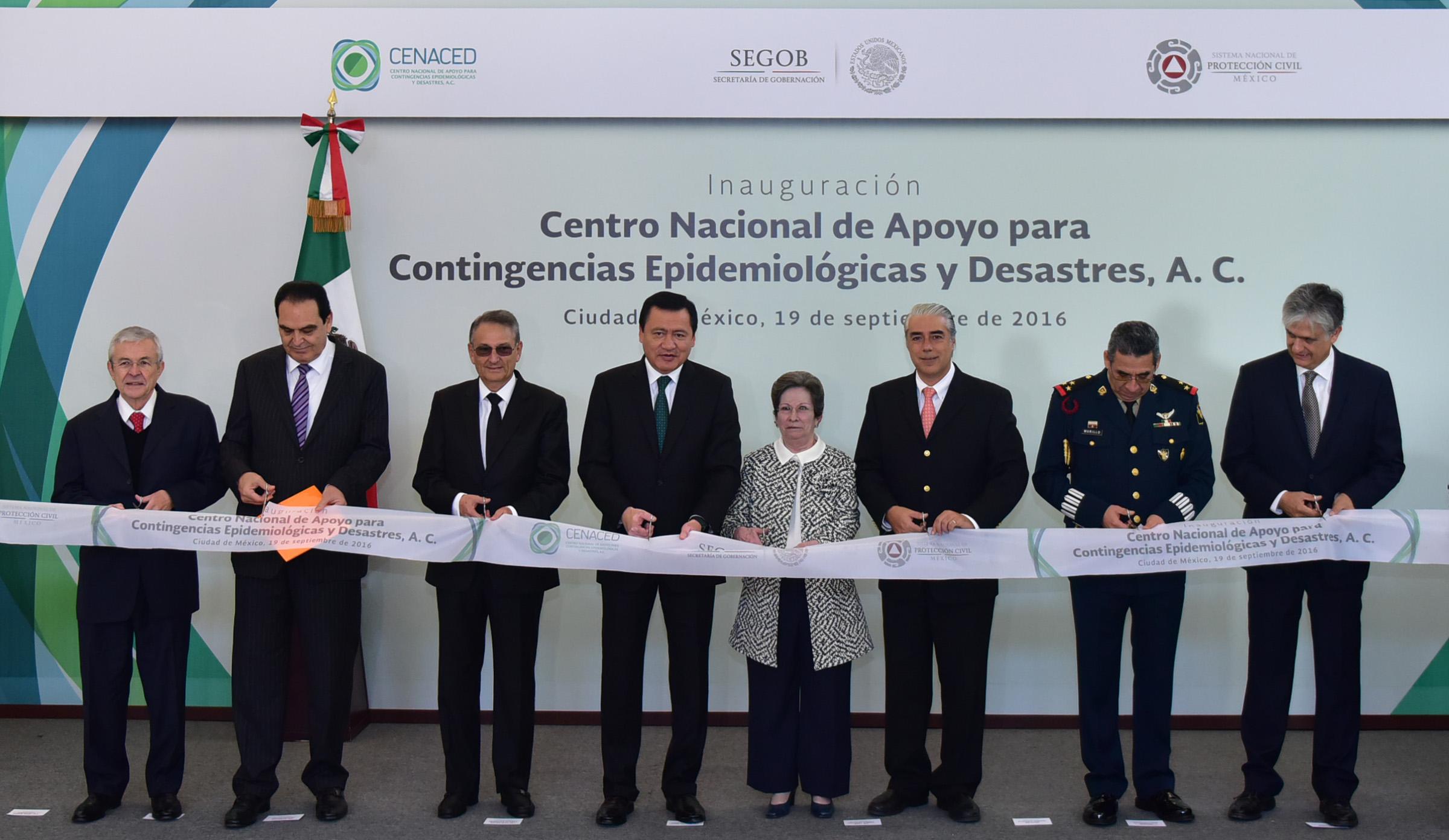 El Secretario de Gobernación, Miguel Ángel Osorio Chong, durante la Inauguración el Centro Nacional de Apoyo para Contingencias Epidemiológicas y Desastres
