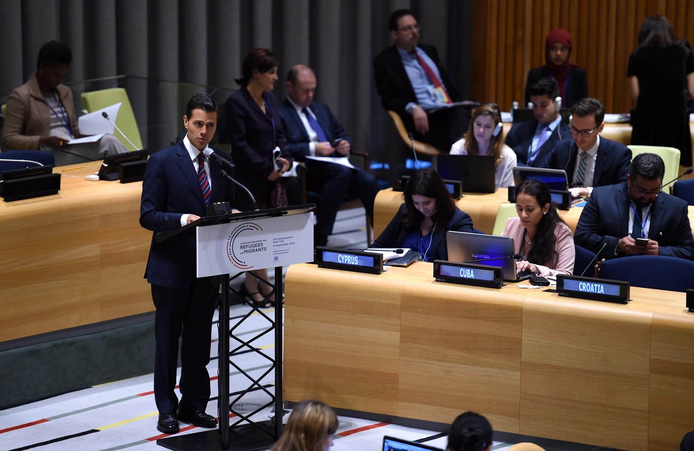 Iniciamos un diálogo que debe privilegiar la corresponsabilidad y la cooperación entre naciones; es tiempo de poner en práctica una visión incluyente y solidaria, expresó.