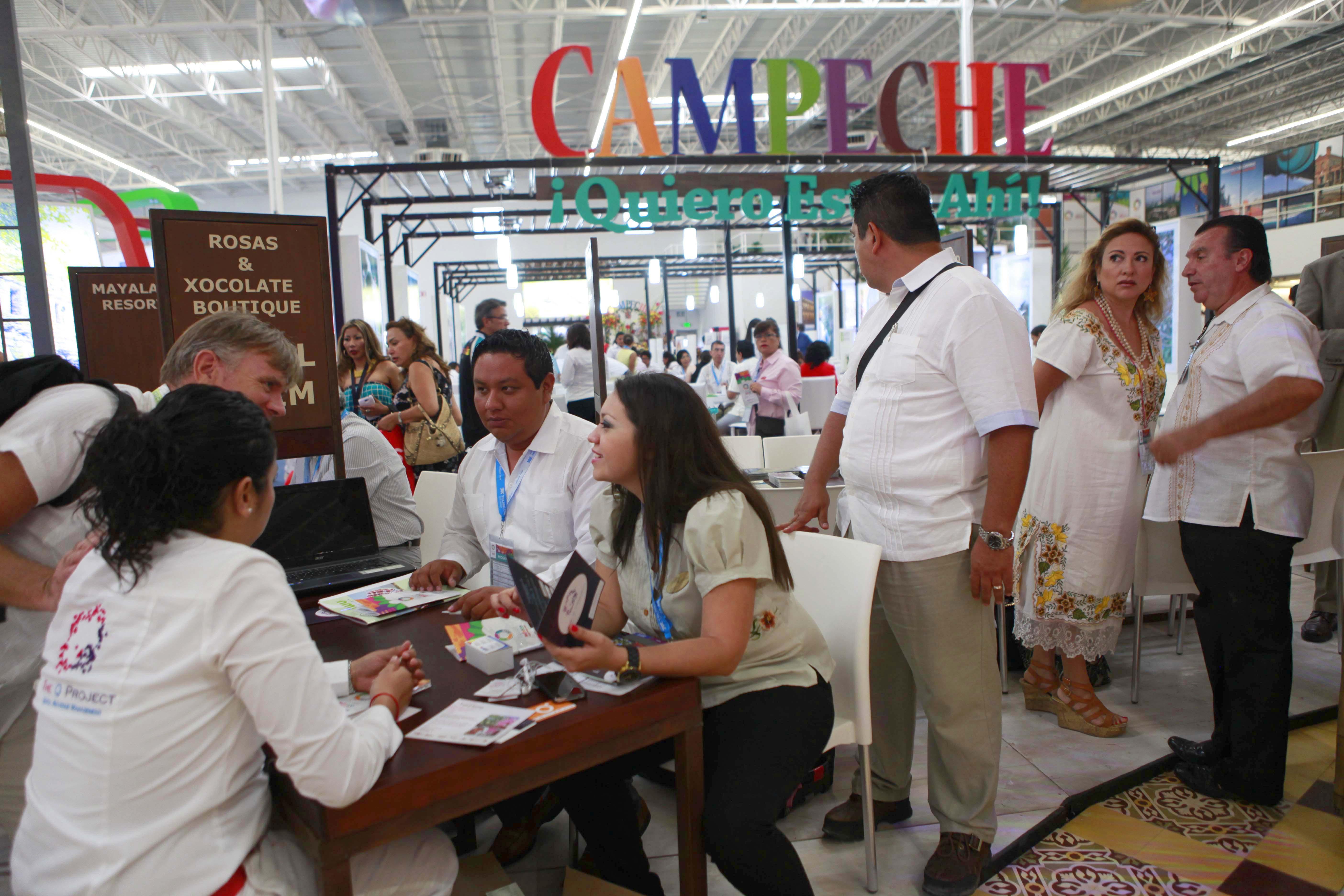 Stand de Campeche en el Tianguis Turístico Quintana Roo - Riviera Maya, 2014.