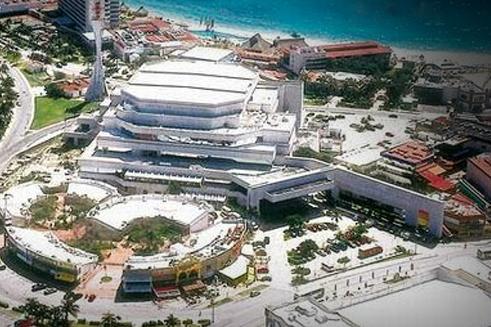 Una vista de la sede del Tianguis Turístico 2014: Cancún, Quintana Roo.