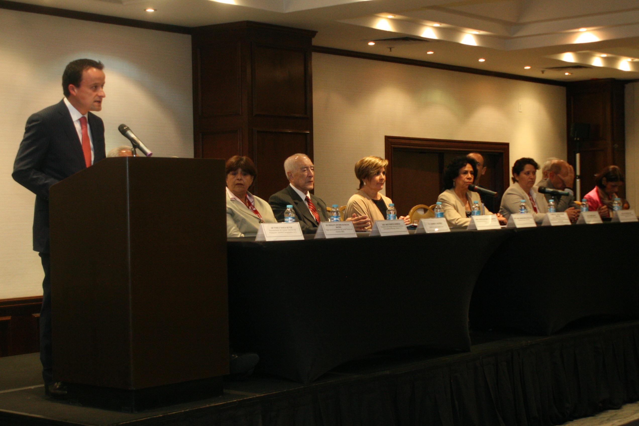Encuentro científico de la Farmacopea de los Estados Unidos Mexicanos y la Farmacopea de los Estados Unidos de América