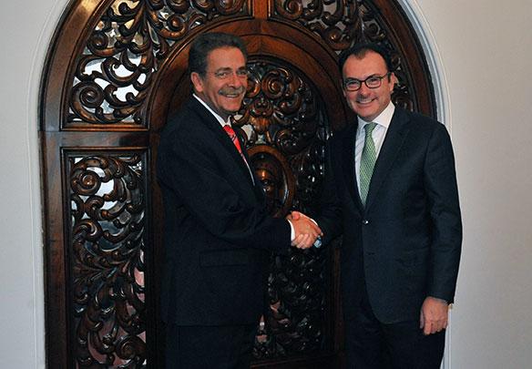 El Secretario Luis Videgaray y el Gobernador Fernando Toranzo