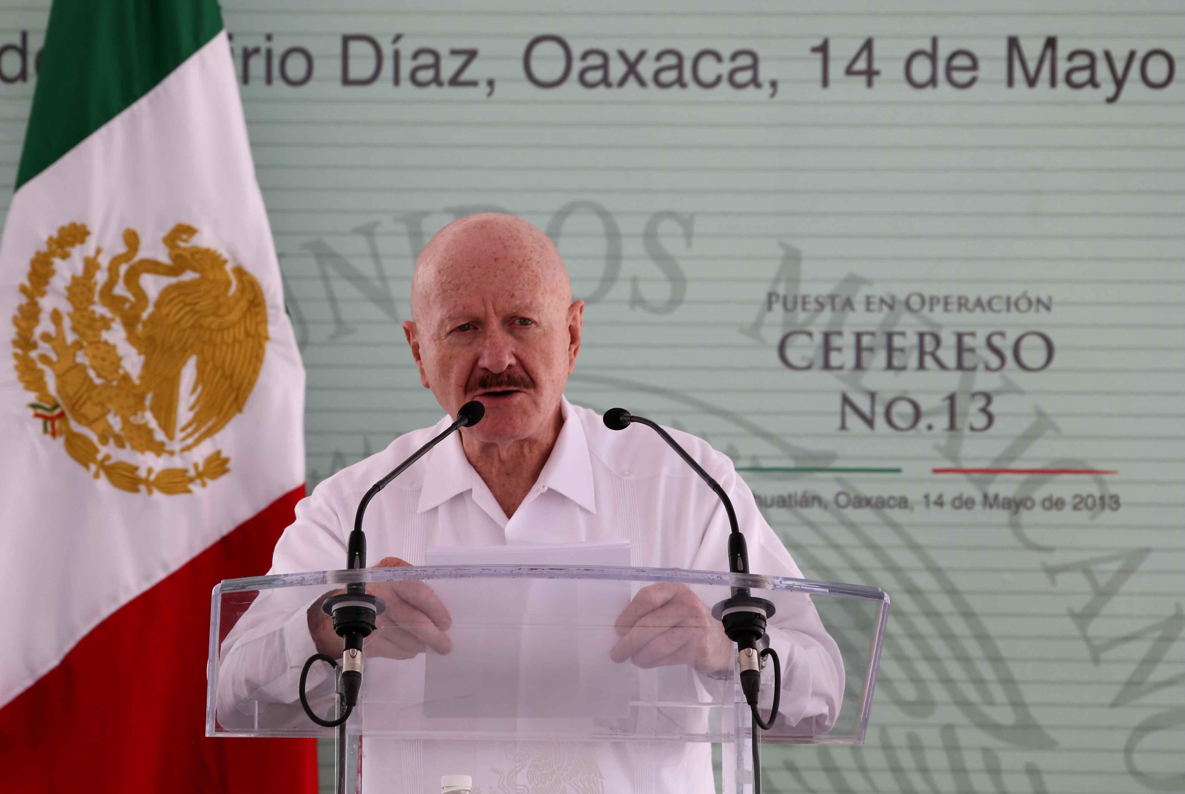En el acto también estuvieron presentes el Director General de BANOBRAS, Alfredo del Mazo Maza; el Secretario General de Gobierno del estado, Alfonso Gómez Sandoval, entre otros