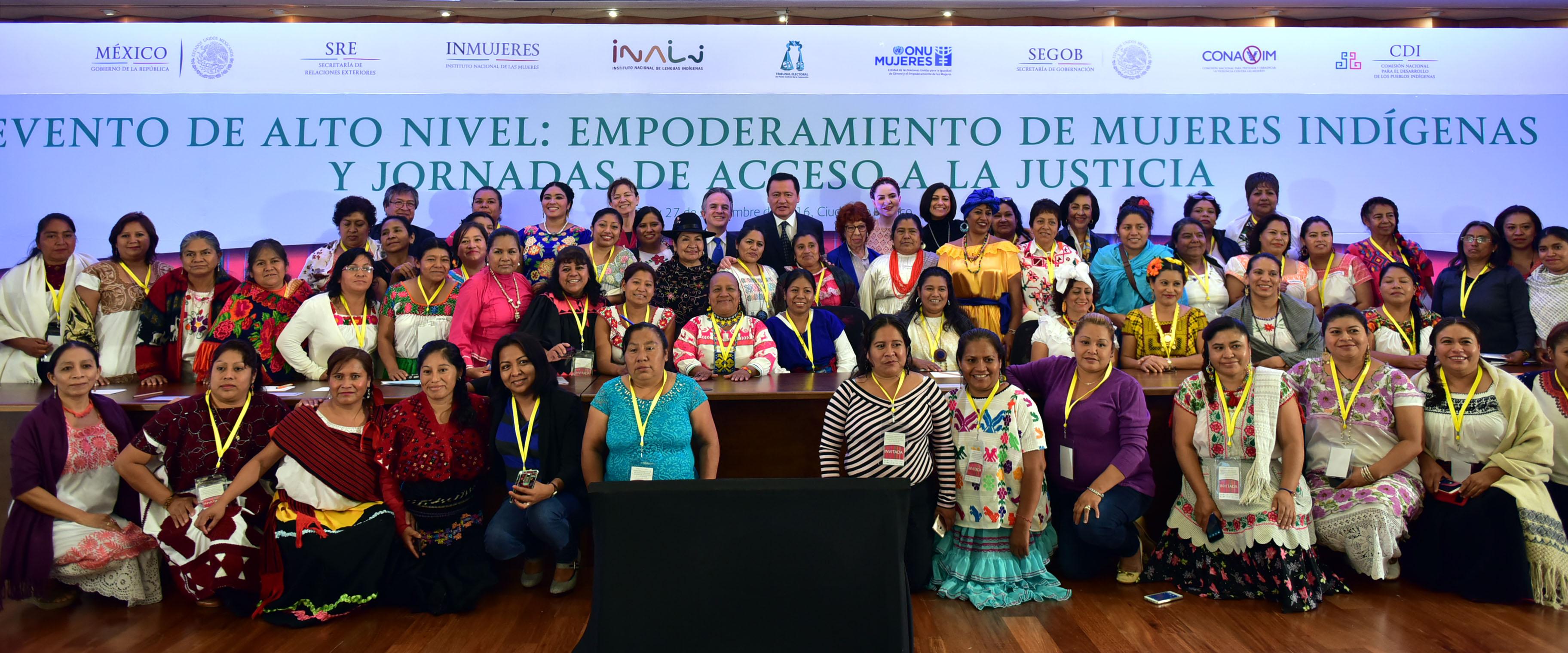 Las mujeres no han tenido el lugar que les corresponde política, económica y socialmente, situación aún más grave en los casos que viven las comunidades indígenas: Secretario Osorio Chong
