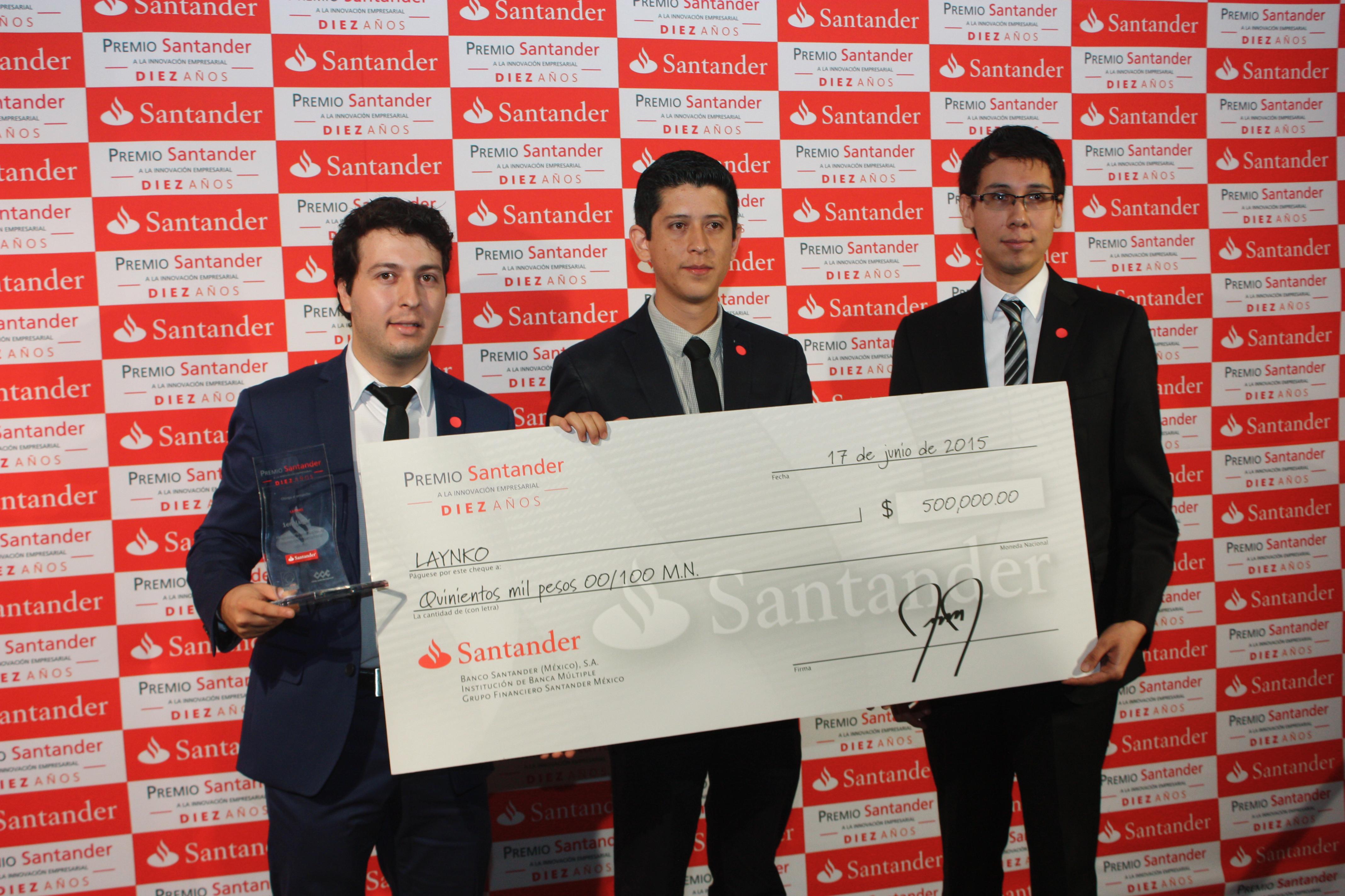 Cuatro estudiantes del Tecnológico Nacional de México y la Universidad Veracruzana, ganaron el primer lugar del Premio Santander 2015 a la Innovación Empresarial en la categoría  Proyectos de Negocio con Impacto Social.