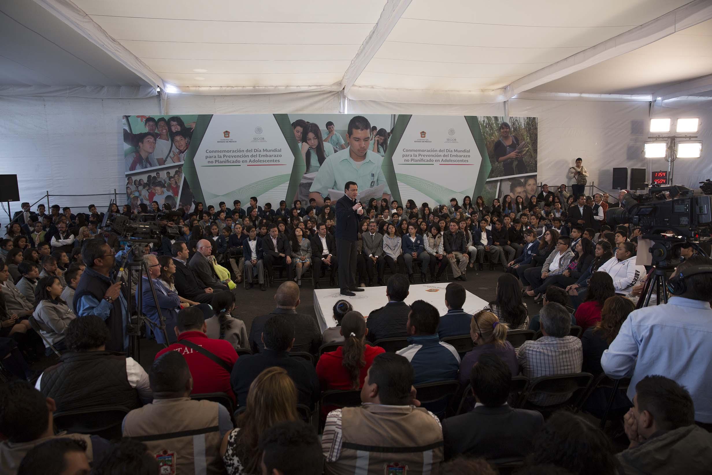El Secretario de Gobernación, Miguel Ángel Osorio Chong, durante la Conmemoración del Día Mundial para la Prevención del Embarazo no Planificado en Adolescentes
