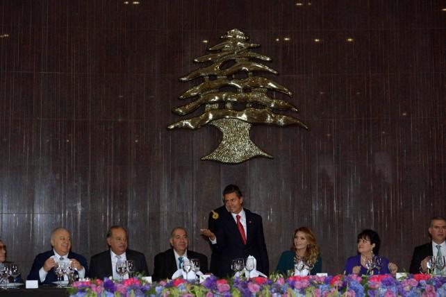 EPN se reúne con la comunidad libanesa en México.