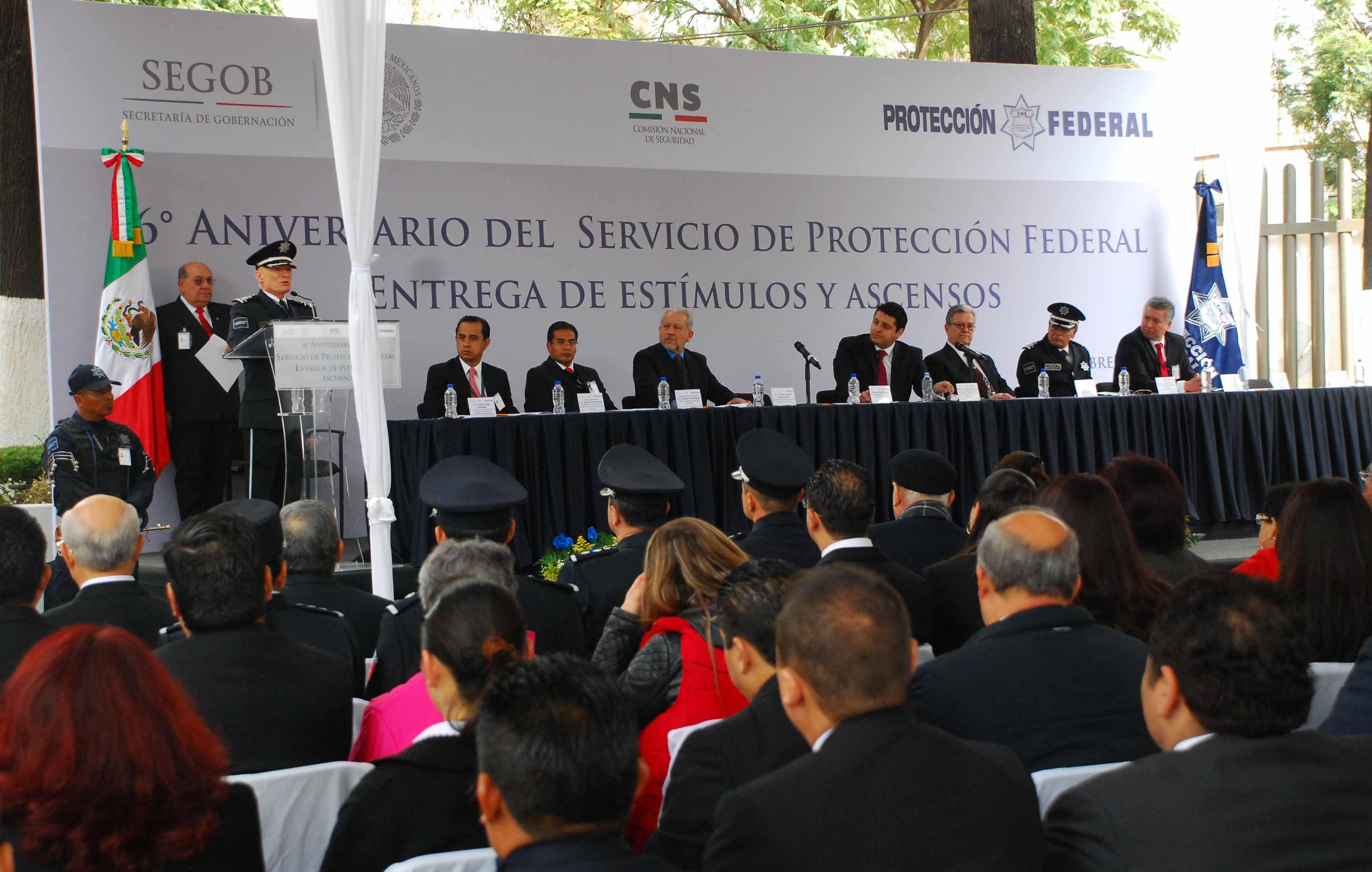 El Comisionado del Servicio de Protección Federal, Ingeniero Alfonso Ramón Bagur, aseguró que el reto para el Servicio de Protección Federal es ofrecer un servicio con calidad, eficiente y suficiente a cargo de los cuatro mil 800 elementos en activo