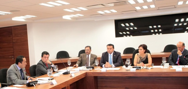 Cerrar filas para impulsar las transformaciones que demandan los más pobres del país, pide la secretaria de Desarrollo Social a alcaldes de la CONAMM.