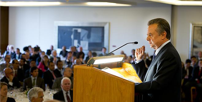 """Conferencia """"Reforma Energética Sector Petrolero, logros y retos"""", en el Club de Industriales."""