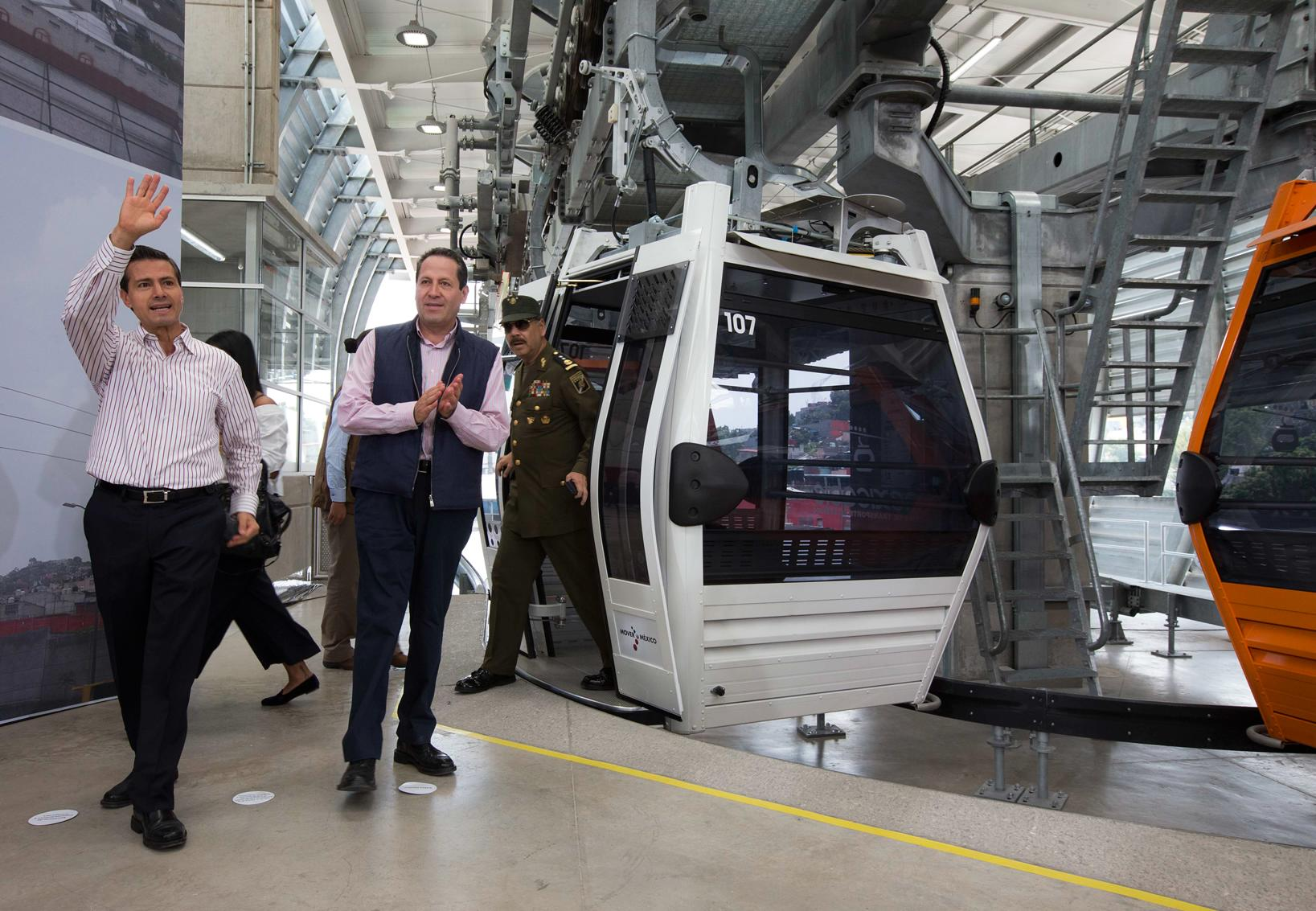 The president inaugurated the Mexicable Ecatepec Public Cable Car Transportation System.