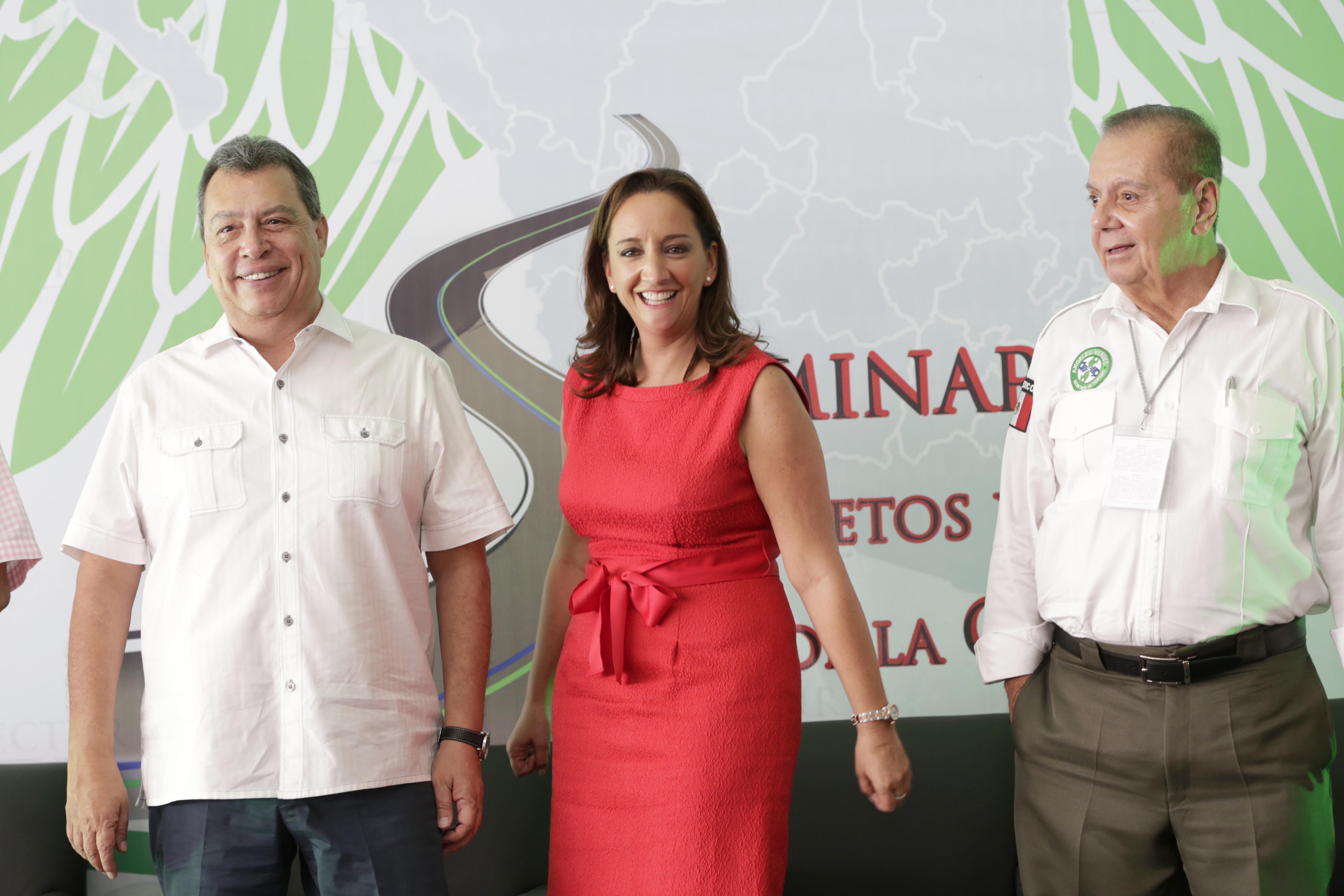 La Secretaria de Turismo, Claudia Ruiz Massieu, clausuró el Seminario Retos y Perspectivas de la Corporación de Servicios al Turista Ángeles Verdes 2013-2018.