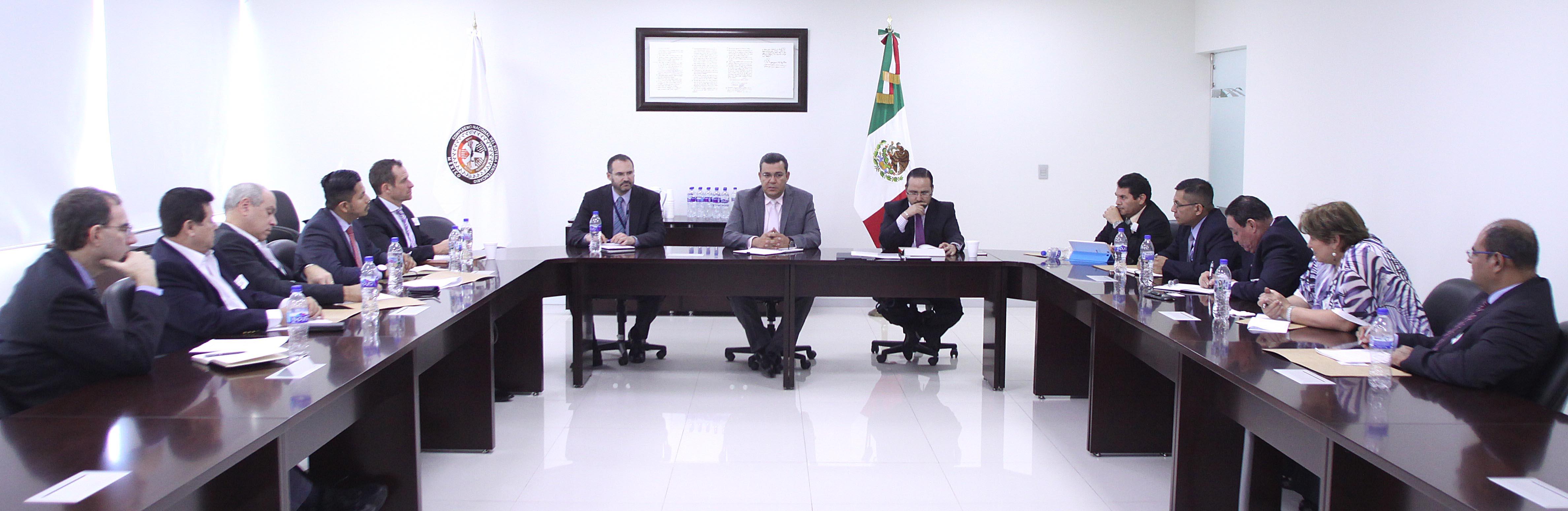 La Comisión Nacional de Seguridad, a través de Guerrero Durán, reiteró la disposición y apertura plena para coadyuvar, en el marco de la política de cooperación internacional de México, con las autoridades salvadoreñas