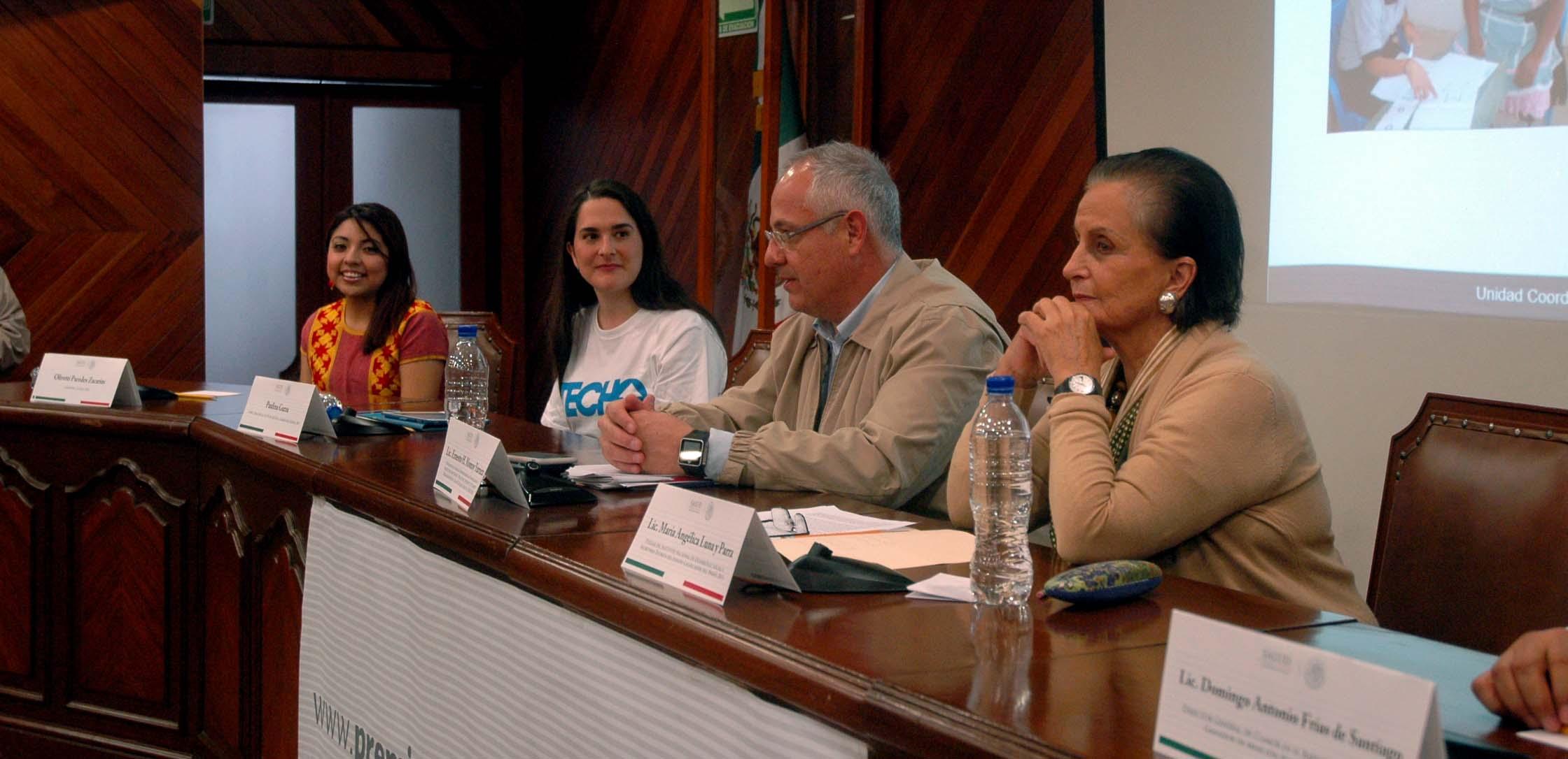 Convocatoria para el Premio Nacional de Acción Voluntaria y Solidaria 2015