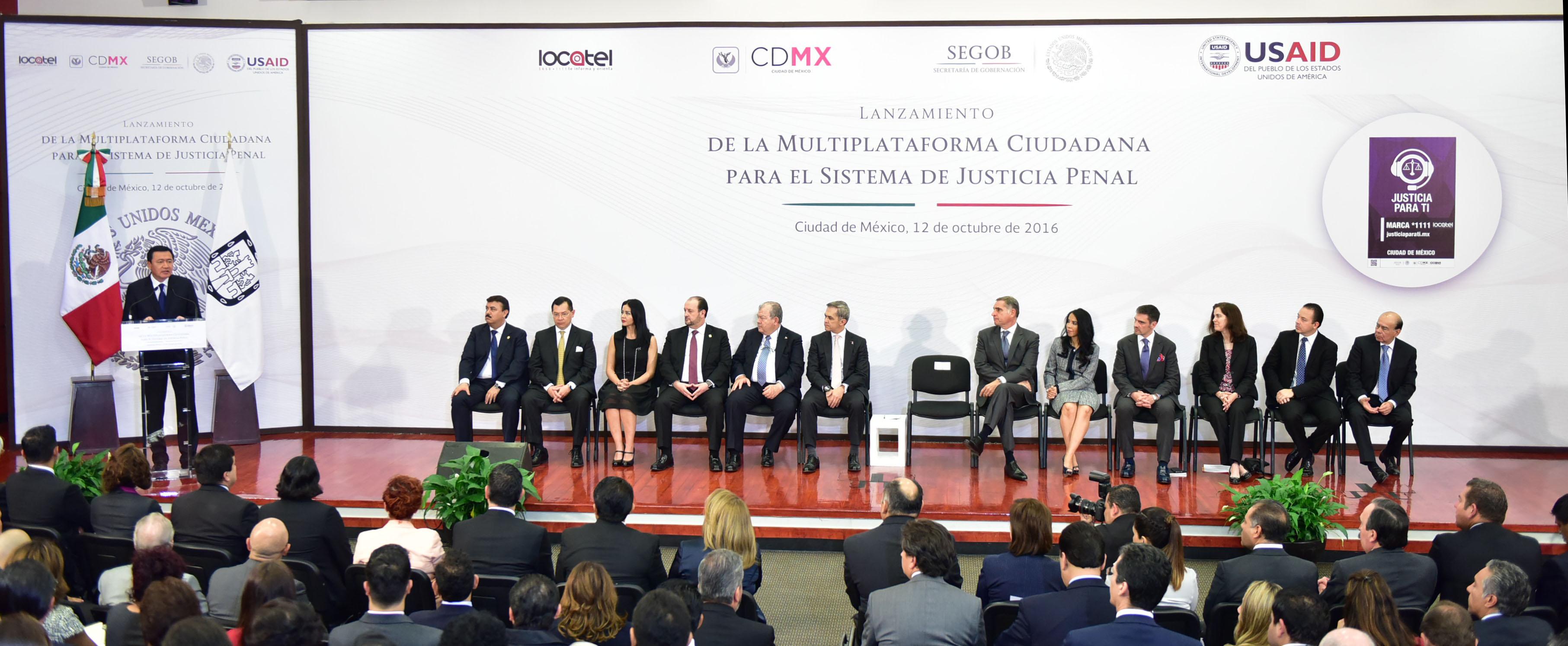 Miguel Ángel Osorio, Secretario de Gobernación, durante el lanzamiento de la Multiplataforma Ciudadana para el Sistema de Justicia Penal