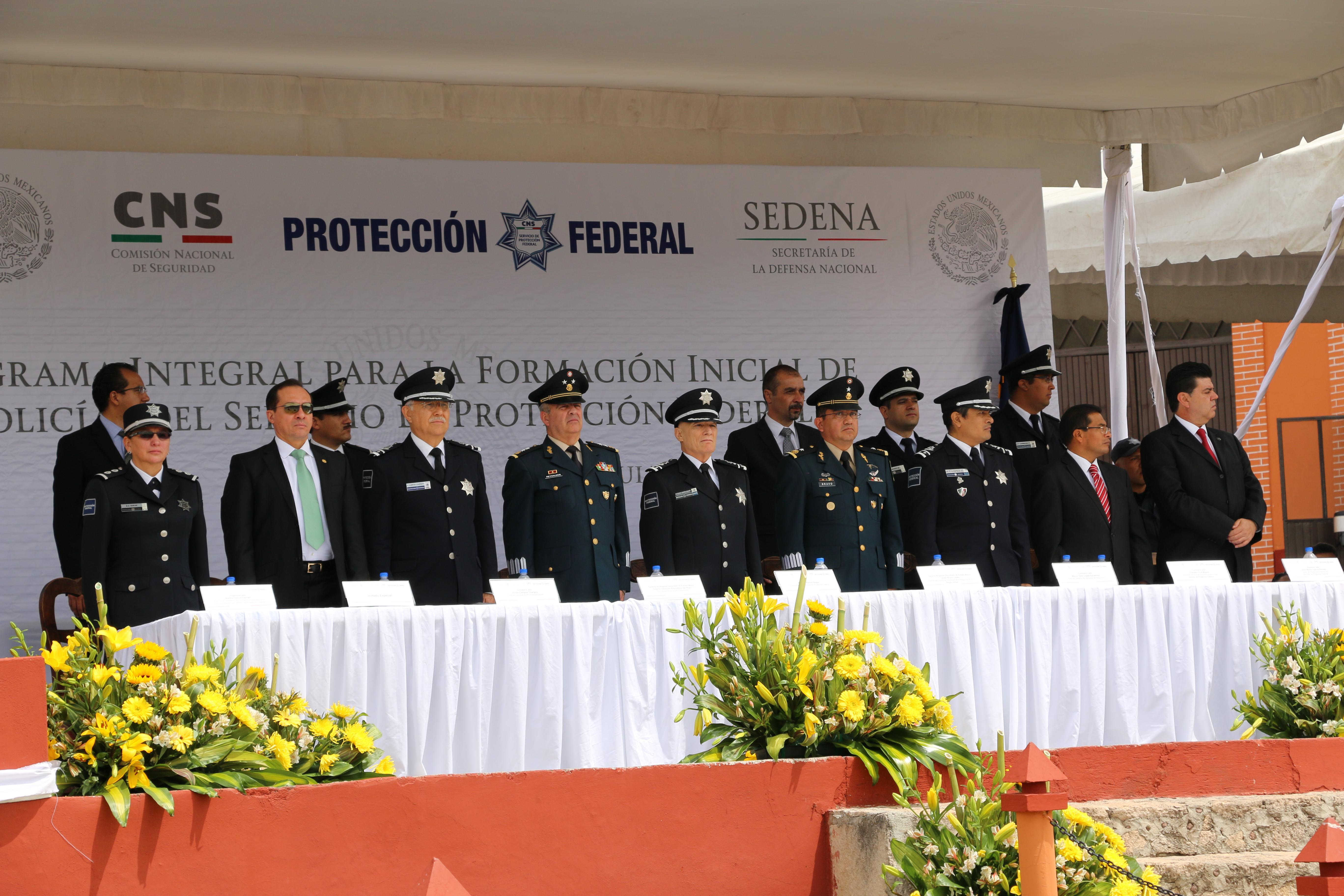 Ante representantes de la Sedena y de la Embajada de Francia en México, destacó que los egresados fueron seleccionados entre más de 2 mil 500 aspirantes