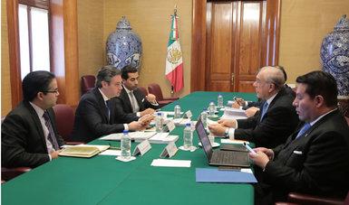 El secretario de Educación Pública, Aurelio Nuño, se reúne con titular de la OCDE