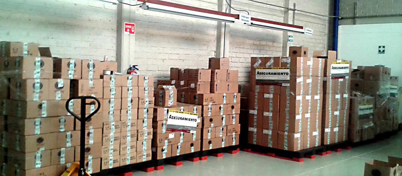 Aseguran casi 20,000 piezas de supuestos  suplementos alimenticios en Jalisco