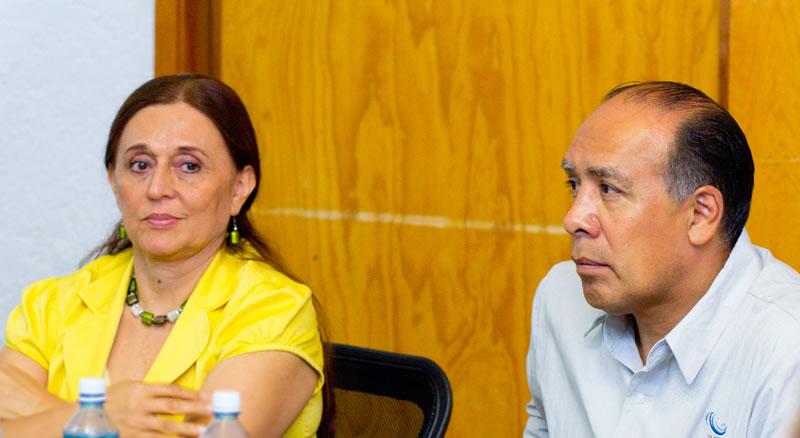 Dra. María Amparo Martínez Arroyo, Directora General del INECC y M. en I. Víctor Bourguett Ortiz, Director General del IMTA