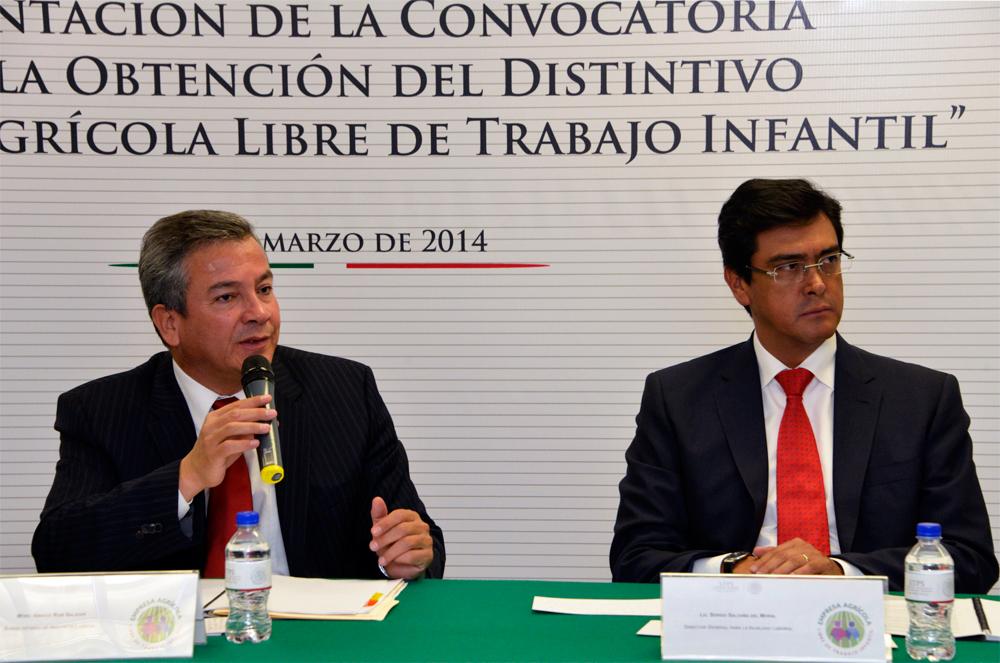 El Subsecretario de Inclusión Laboral, Ignacio Rubí Salazar, dijo que con este distintivo, la STPS ha reconocido a 154 centros de trabajo agrícolas en el país.