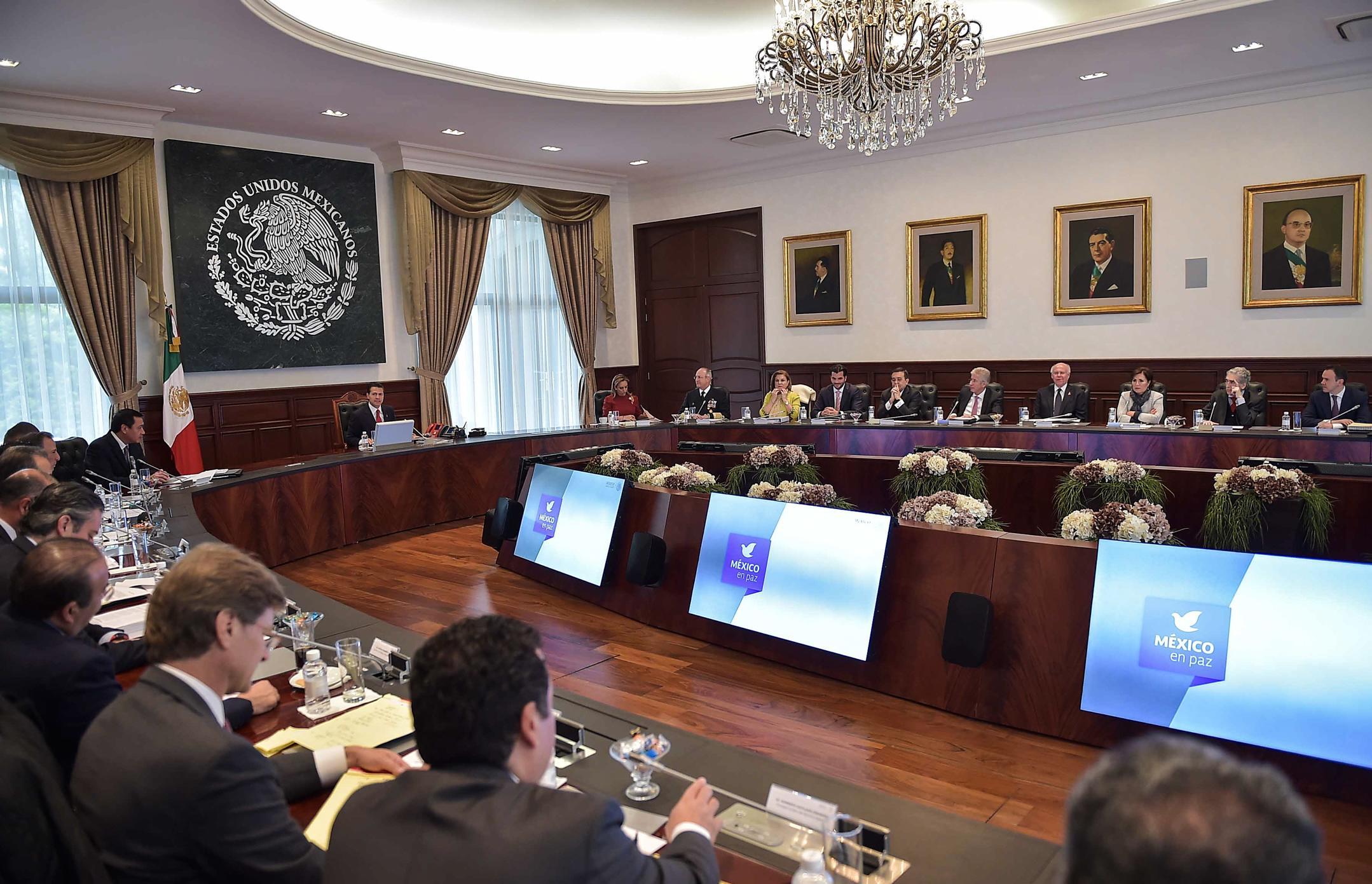 El Primer Mandatario revisó los compromisos y el cronograma de trabajo del Gobierno de la República.