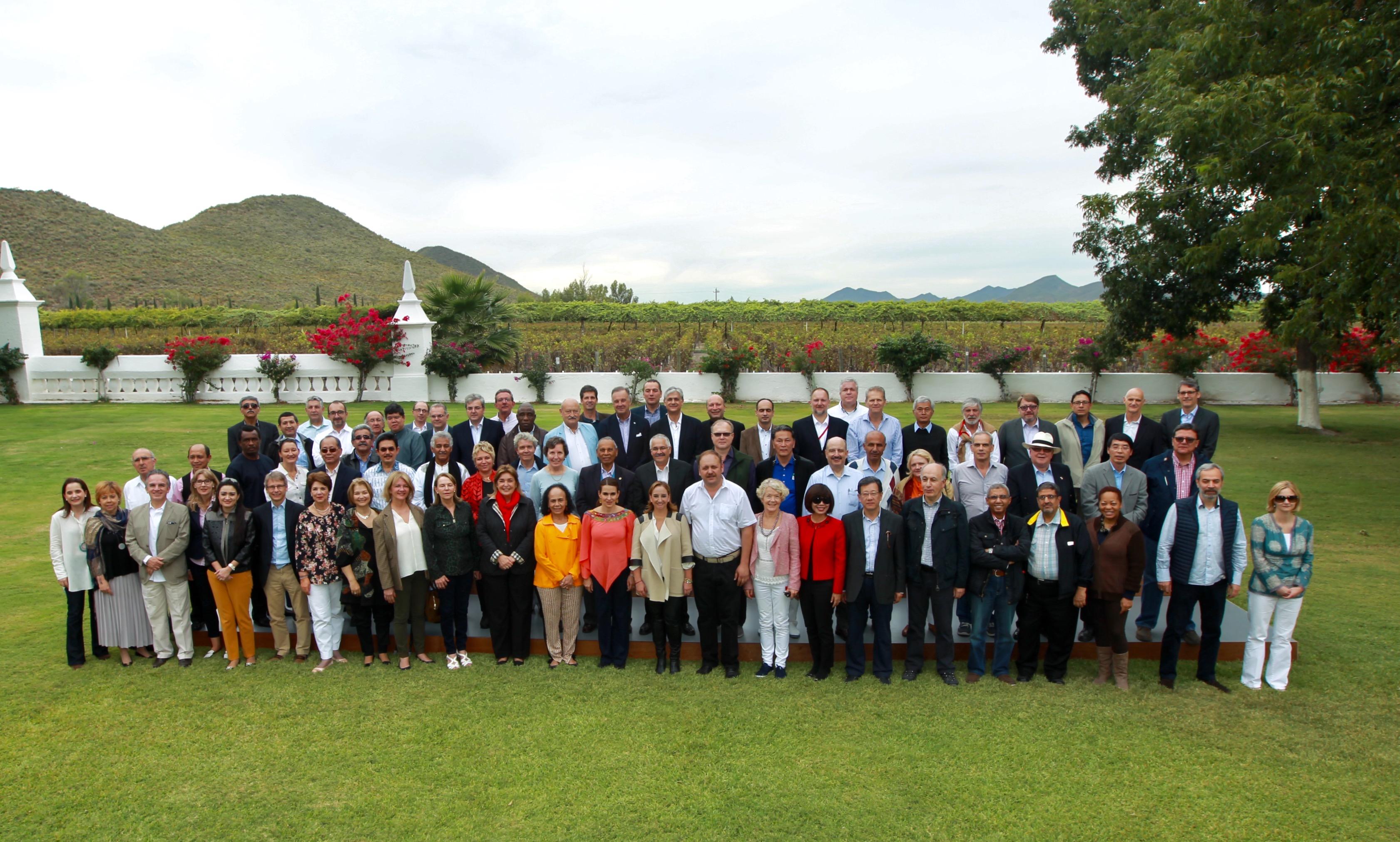 La Canciller comparte avances en materia de equidad de género con Cuerpo Diplomático