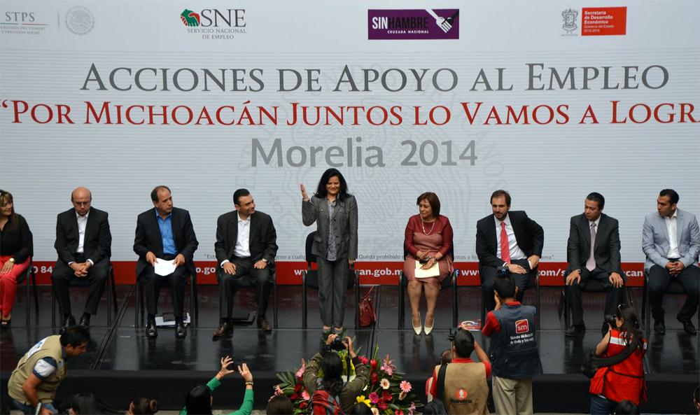 """La Subsecretaria de Empleo y Productividad Laboral, Patricia Martínez Cranss, durante la Reunión con Empresarios del Estado en el marco del programa """"Por Michoacán, juntos lo vamos a lograr""""."""