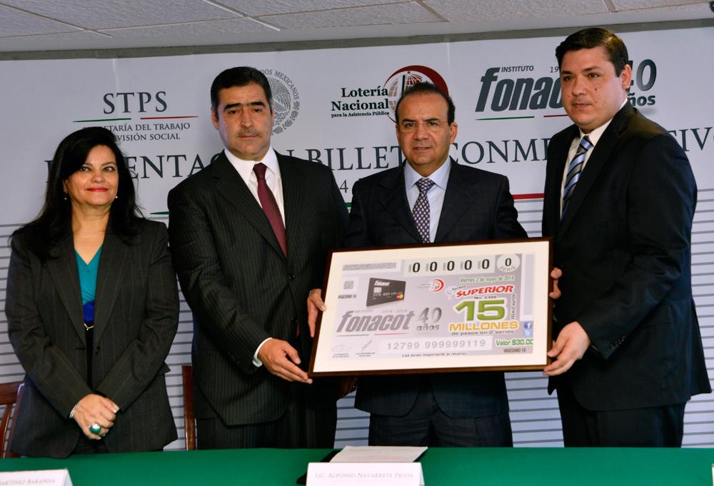 El titular de la STPS afirmó que la Lotería Nacional y el INFONACOT apoyan el desarrollo de las familias mexicanas.