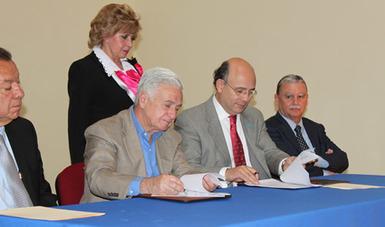 El Inapam, suscribió dos convenios de colaboración con la Delegación Miguel Hidalgo, para trabajar de manera conjunta en favor de las personas de 60 años y más.
