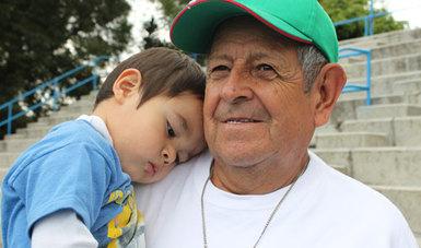 """El Inapam llevó a cabo el curso de capacitación """"Adultos mayores en un entorno familiar positivo y envejecimiento saludable"""", impartido por Rocío Magallón Mariné, licenciada en Psicología"""