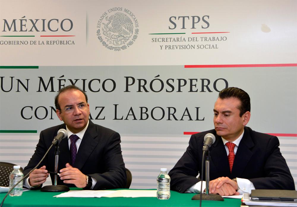 El Secretario del Trabajo y Previsión Social, Alfonso Navarrete Prida, dijo que la paz laboral de ninguna manera significa ausencia de diferendos entre empleadores y trabajadores.