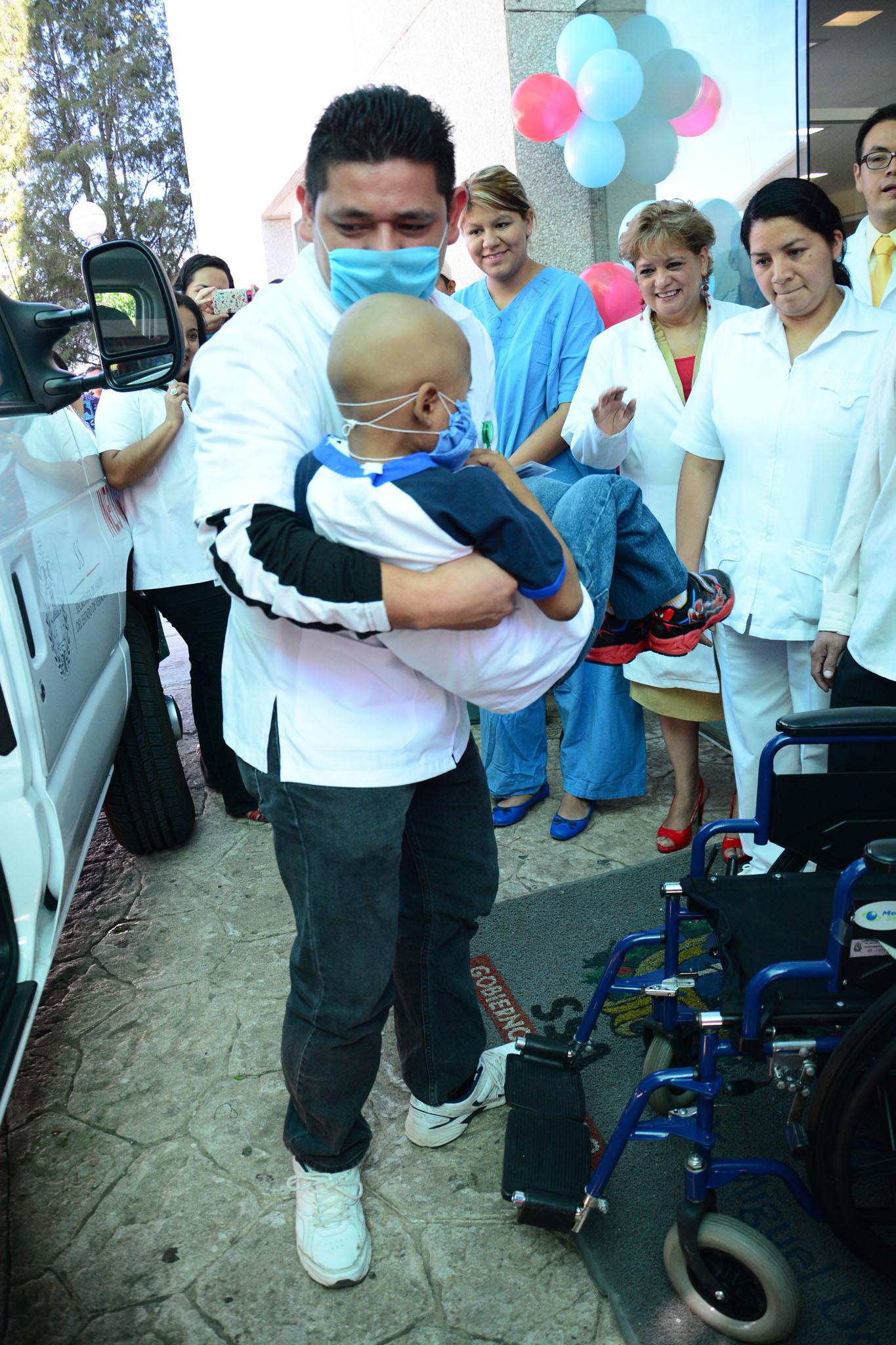 Con éxito realiza INEO su cuarto trasplante de médula ósea