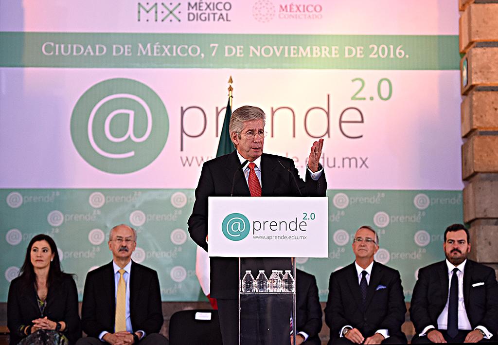Se unen dos grandes estrategias en beneficio de la educación en México: GRE