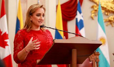 La Secretaria de Relaciones Exteriores Claudia Ruiz Massieu ofreció una conferencia magistral en la inauguración de la Segunda II Cumbre de Presidentes de Consejos de Rectores de Unión Europea, América Latina y el Caribe realizada en el Palacio de Minería
