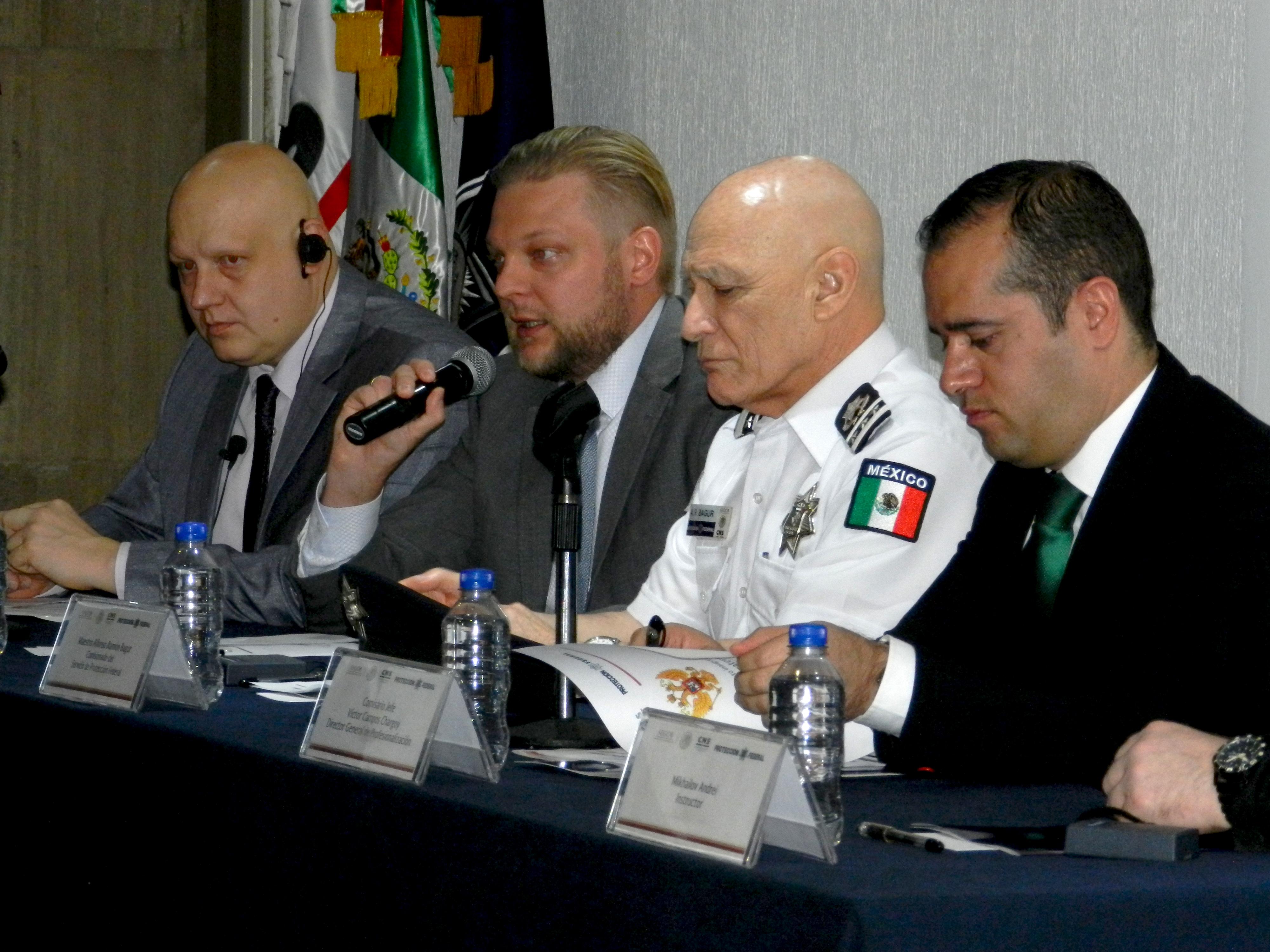"""El Primer Secretario de la Embajada de Rusia, Román V. Tkachov, aseguró que """"es un gran honor para el gobierno ruso participar en la preparación de los funcionarios mexicanos"""""""
