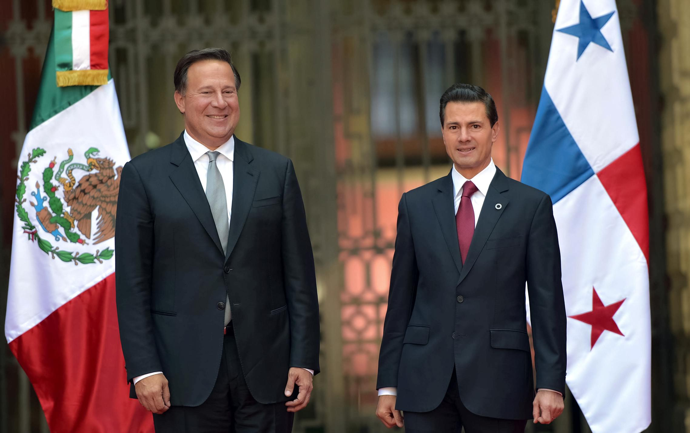 The president received Panamanian President Juan Carlos Varela Rodriguez, currently on an official visit to Mexico, at the National Palace.