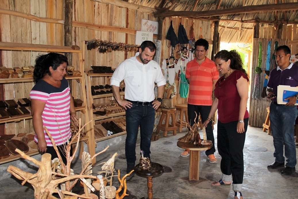 Impulsan desarrollo econ mico en el ejido 20 de noviembre for Alberca 20 de noviembre campeche