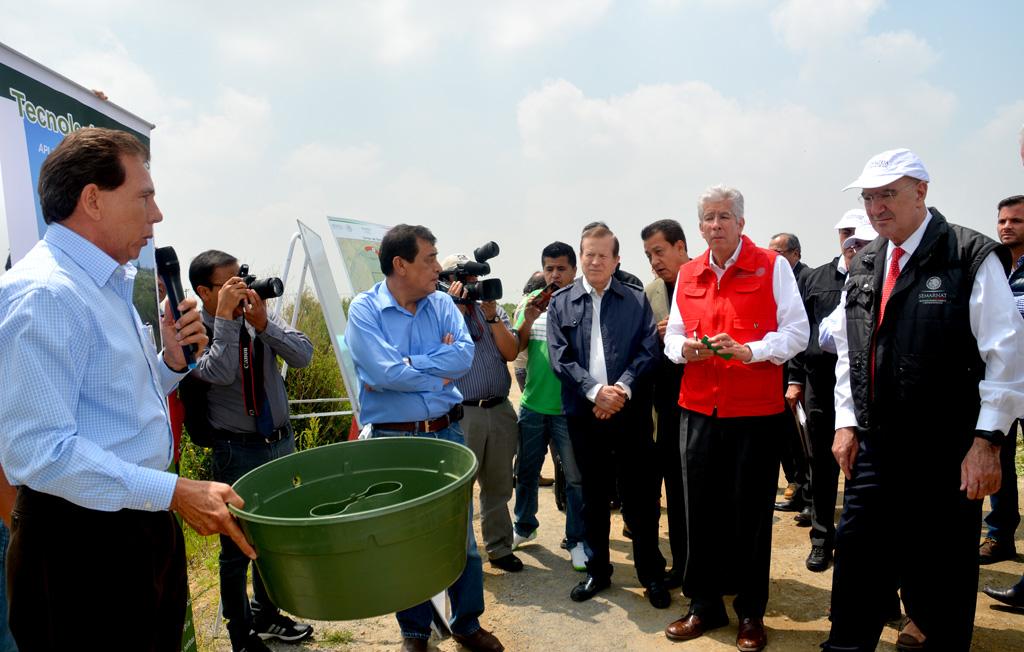 Supervisan Gerardo Ruiz Esparza y Juan José Guerra Abud, avances de obras hidráulicas en terrenos del NAICM