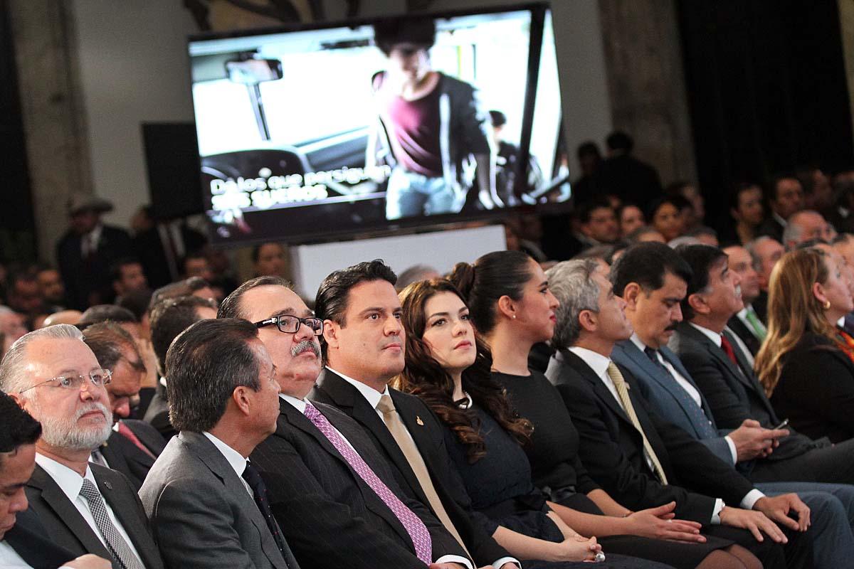 En la foto, invitados de los tres niveles de gobierno, empresarios, entre otros. El secretario Jorge Carlos Ramírez Marín presente con la representación presidencial.