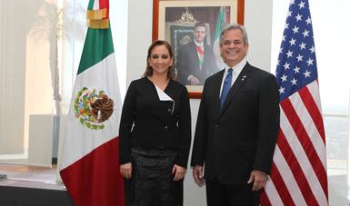 Encuentro de la Secretaria Claudia Ruiz Massieu con el Alcalde de Austin, Steve Adler