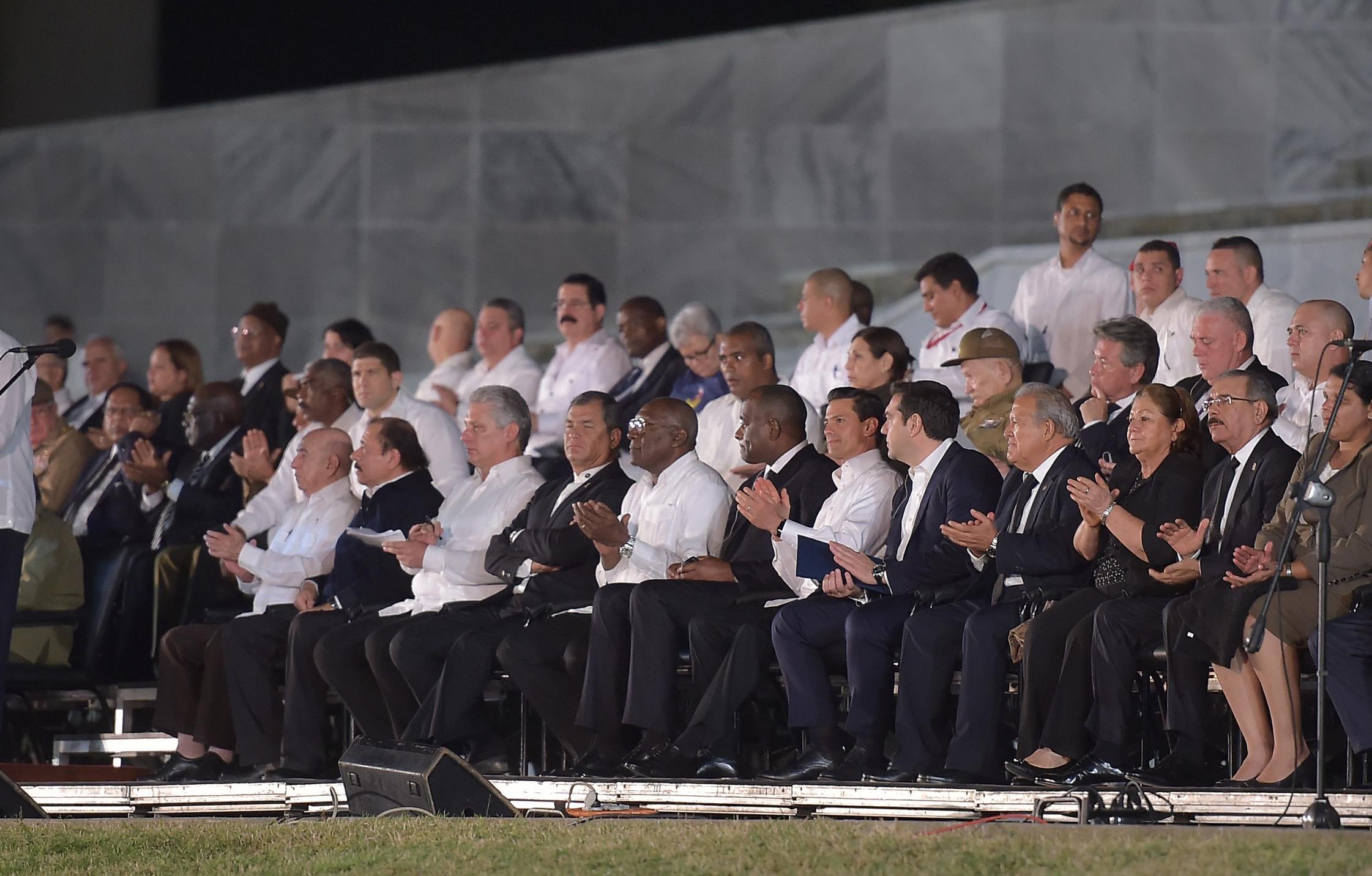 El Mandatario mexicano participó en la ceremonia luctuosa con motivo de las exequias de Fidel Castro Ruz.