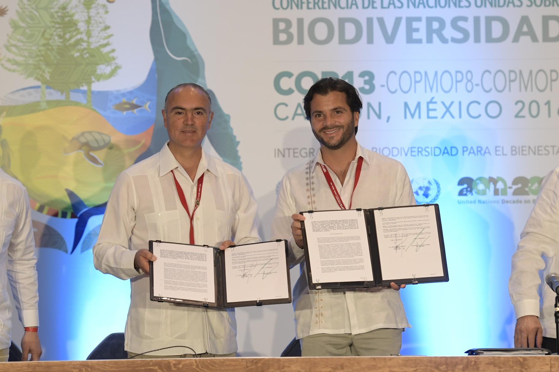 La SAGARPA  y la SEMARNAT firmaron un acuerdo de colaboración para aplicar acciones transversales que incidan en la preservación de bosques y selvas, así como la sustentabilidad alimentaria en el país.