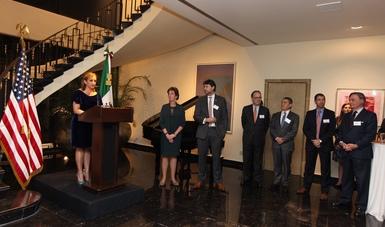 La Secretaria de Relaciones Exteriores Claudia Ruiz Massieu, se reunió con la Embajadora de Estados Unidos en México Roberta Jacobson