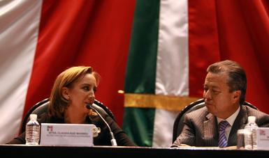 La Canciller Claudia Ruiz Massieu pide a los diputados cerrar filas en favor de nuestros connacionales en Estados Unidos