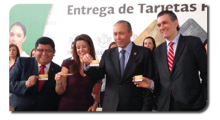 Entrega tarjetas PENSIONISSSTE
