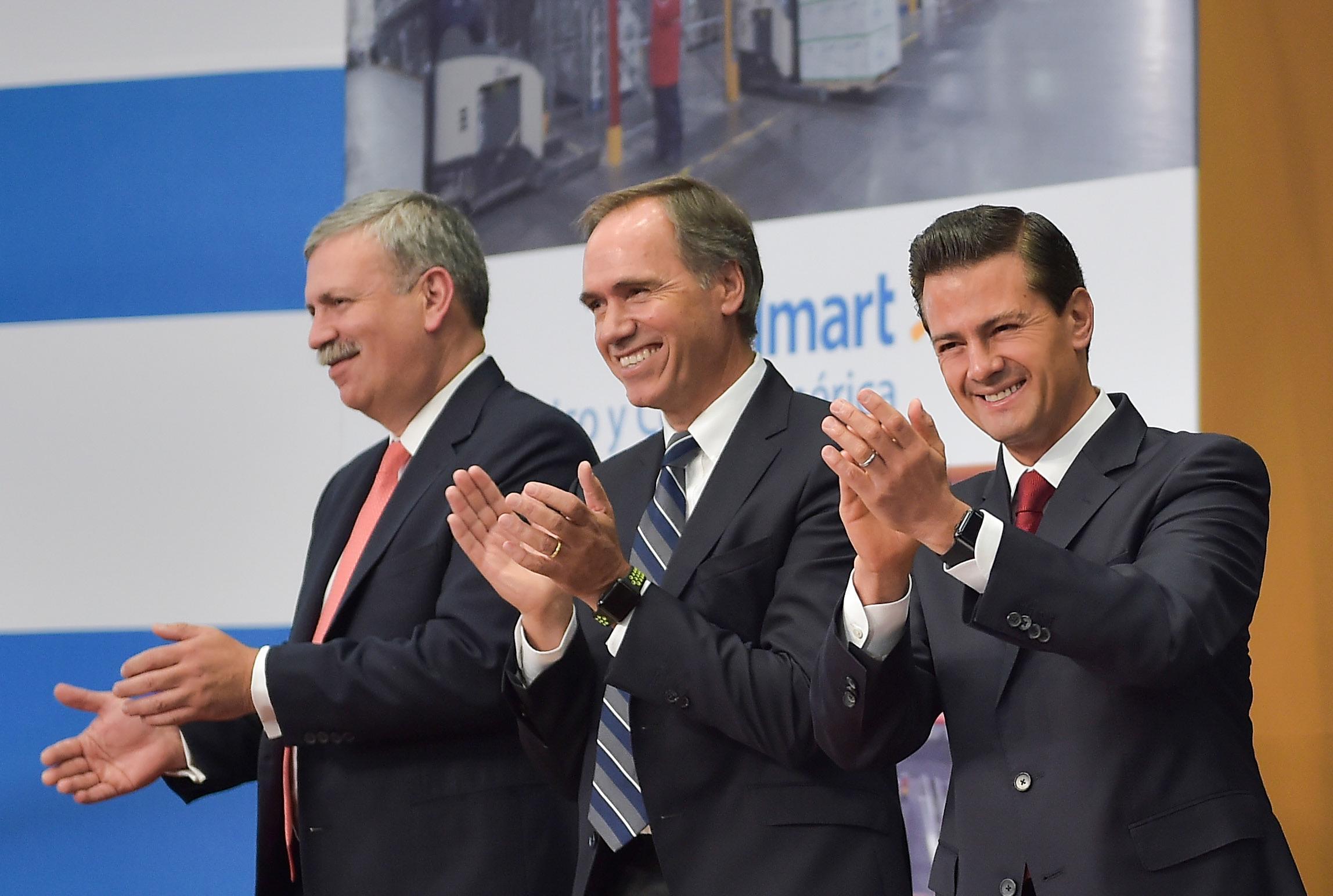 La inversión anunciada por Walmart permitirá la generación de 10 mil empleos directos, que se suman a los 200 mil que la empresa ya genera en México.
