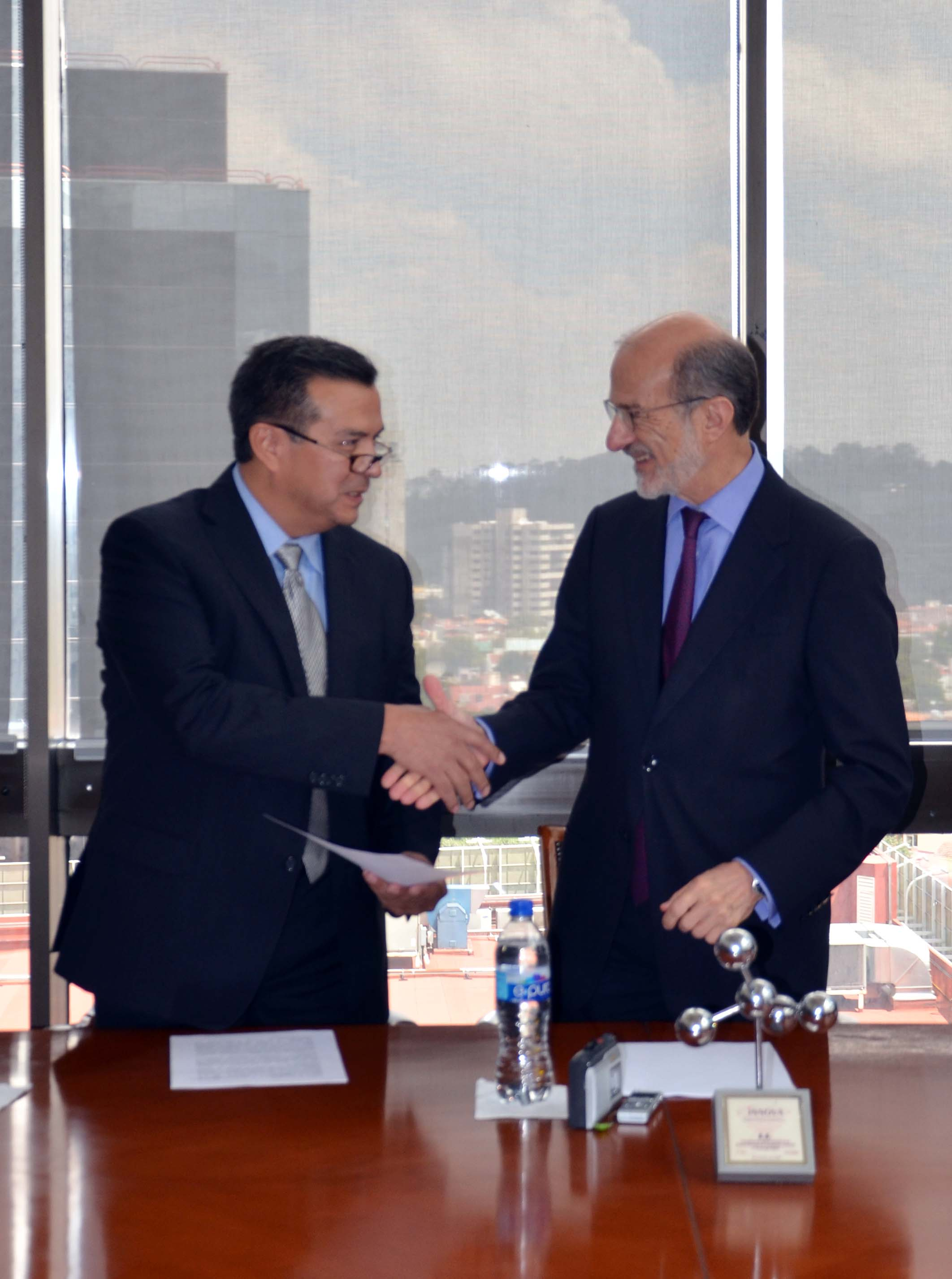 José Salvador Aburto Morales, nuevo director general del Centro Nacional de Trasplantes (CENATRA)