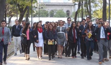 Se reúne la Canciller Claudia Ruiz Massieu con Dreamers